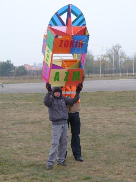 www.ss.petronet.pl/News/Latawce_2011_11.jpg