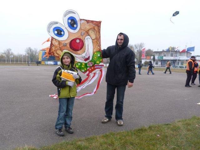 www.ss.petronet.pl/News/Latawce_2011_18.jpg